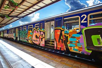 Busse Bahnen Züge ICE Verkehrsunternehmen