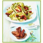 Komkommersalade met bio gedroogde tomaten