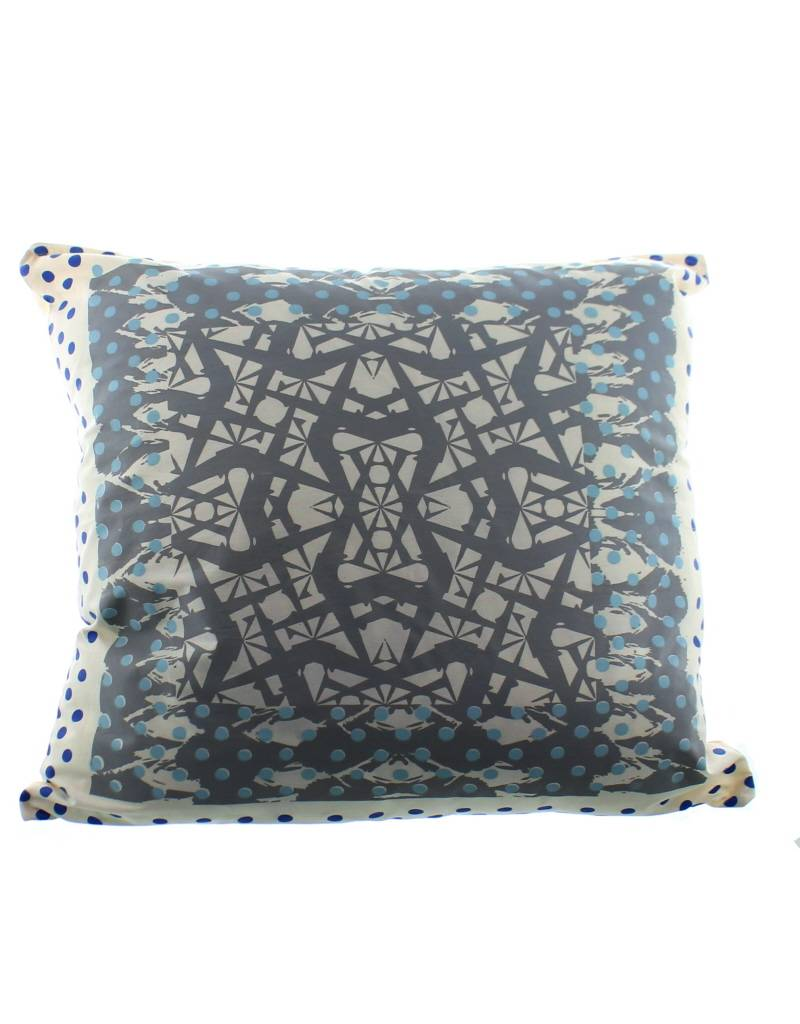 Lalla de Moulati cushion palais b.