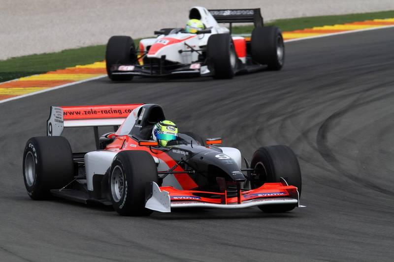 Zele Racing breekt Valencia record