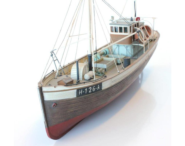 Norwegean fishingboat Framtid I full hull