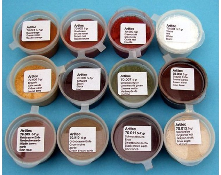 Set of 12 powders of various colors