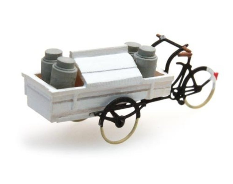 Carrier tricycle dairy
