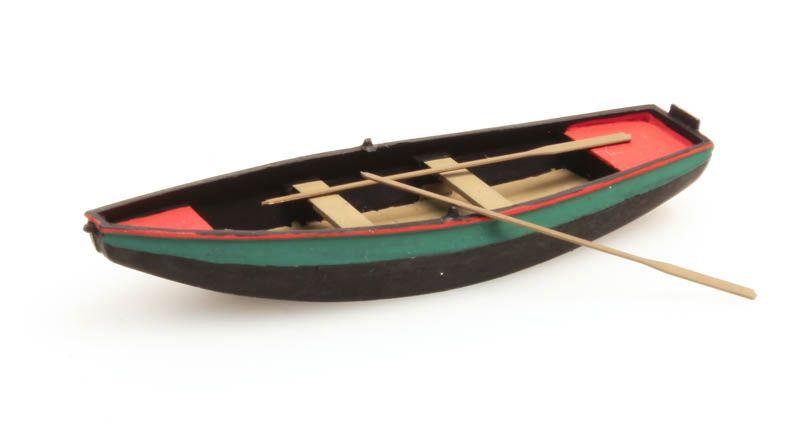 Ruderboot aus Stahl grün