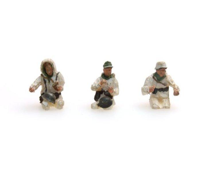 German Army Crew Kübelwagen, winter