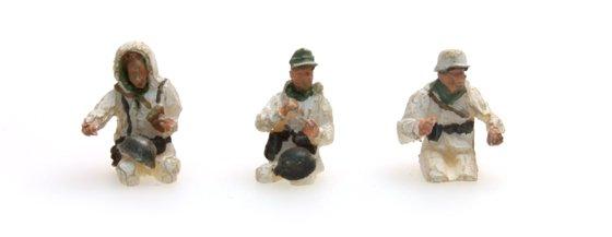 Bemanning Kübelwagen in winteruniform, 3 figuren