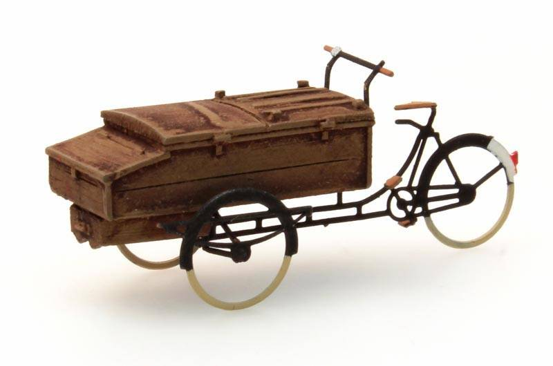 Carrier tricycle bakery, 1:87, resin ready made, painted