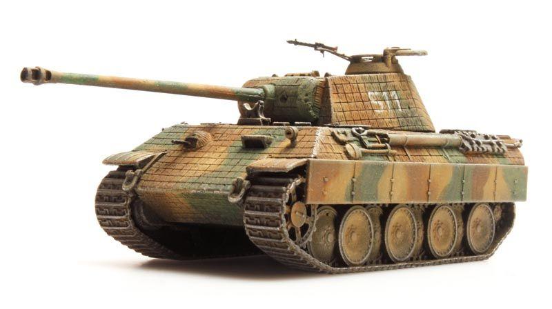 Panther auf A, D et G avec le canon mobile en élévation au 1/50 Panther-ausf-a-zimmerit-camo