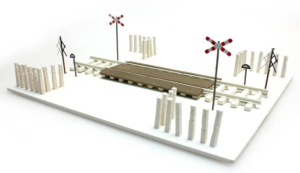 Polnische Bahnübergang, 1:160 | N, Bausatz, III - VI