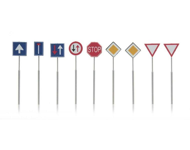 NL Verkehrsschilder: Vorfahrt, Richtung 9 Stück
