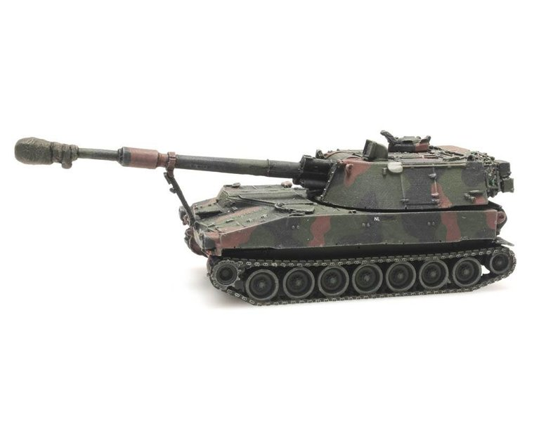 M109 A2 NAVO-camouflage treinlading