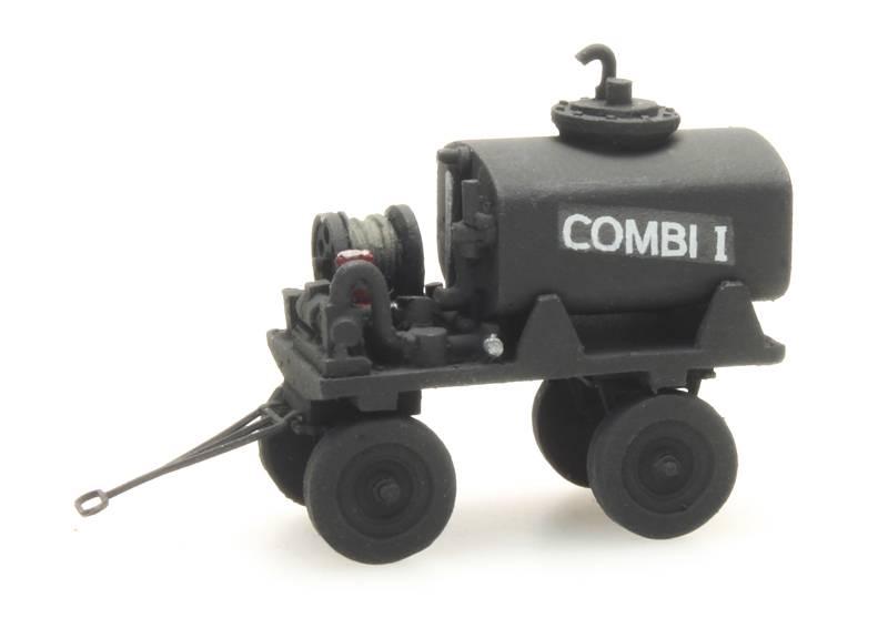 Bahnsteig Tankwagen