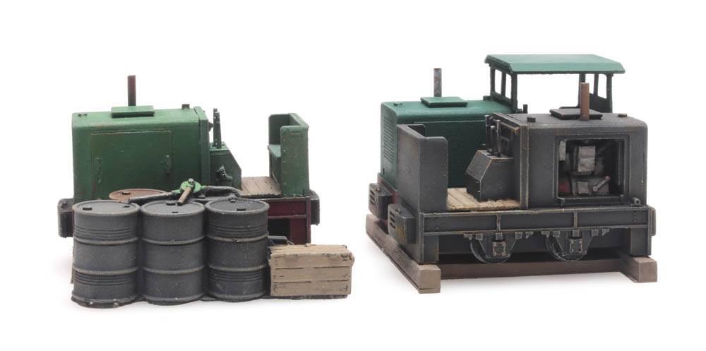 Cargo: Three narrow-gauge Windhoff locomotives