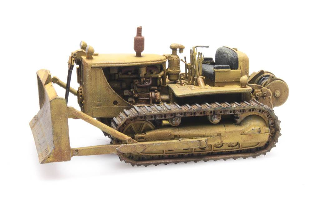 Bulldozer D7 yellow