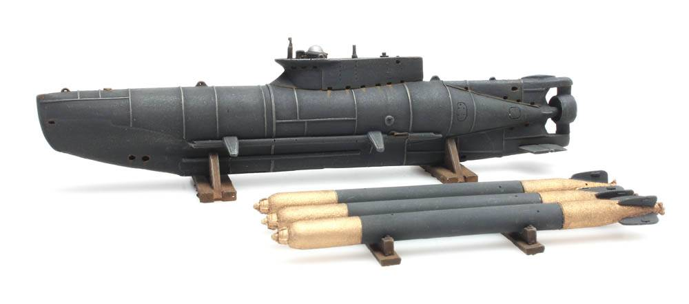 Kleines U-Boot Seehund + Torpedos