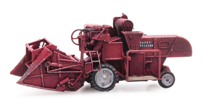 Combine MF 830