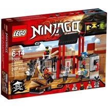 70591 Ninjago Ontsnapping uit de Kryptarium gevangenis