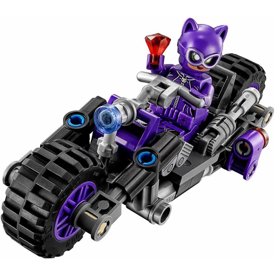 70902 Batman Movie  Catwoman Catcycle achtervolging