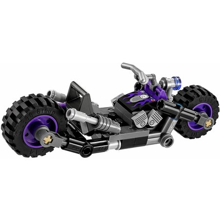 LEGO 70902 Batman Movie  Catwoman Catcycle achtervolging