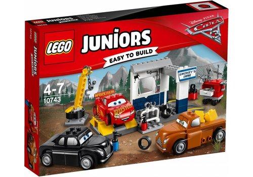 Juniors 10743 Smokeys garage