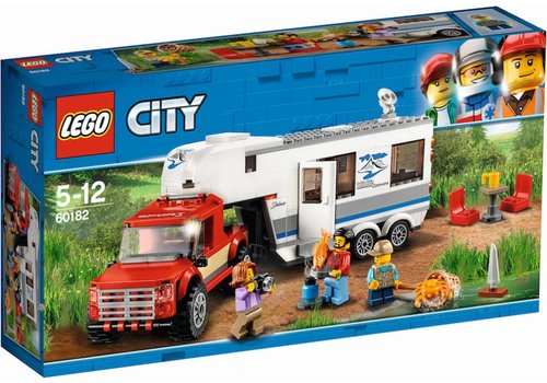 60182 City Pick-up truck en caravan