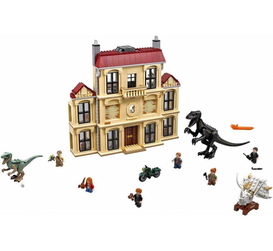 75930  Jurassic World Indoraptorchaos bij Lockwood Estate
