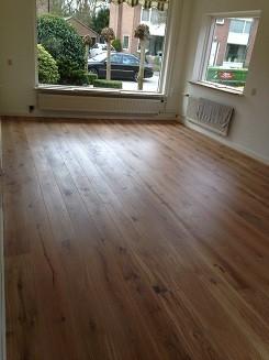 Projecten - Woonkamer en hal voorzien van eiken houten vloer in ...