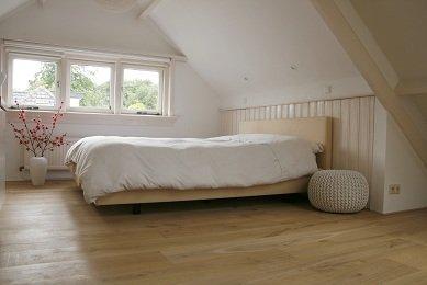 Zolderverdieping woonhuis Driebergen voorzien van eiken houten vloer (1)