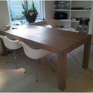 Handgemaakte eiken houten tafel