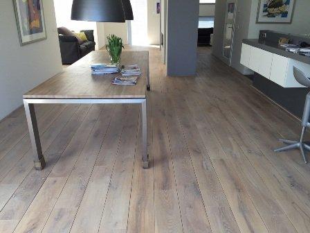 Projecten bestaande houten vloer schuren en oliën en voorzien van