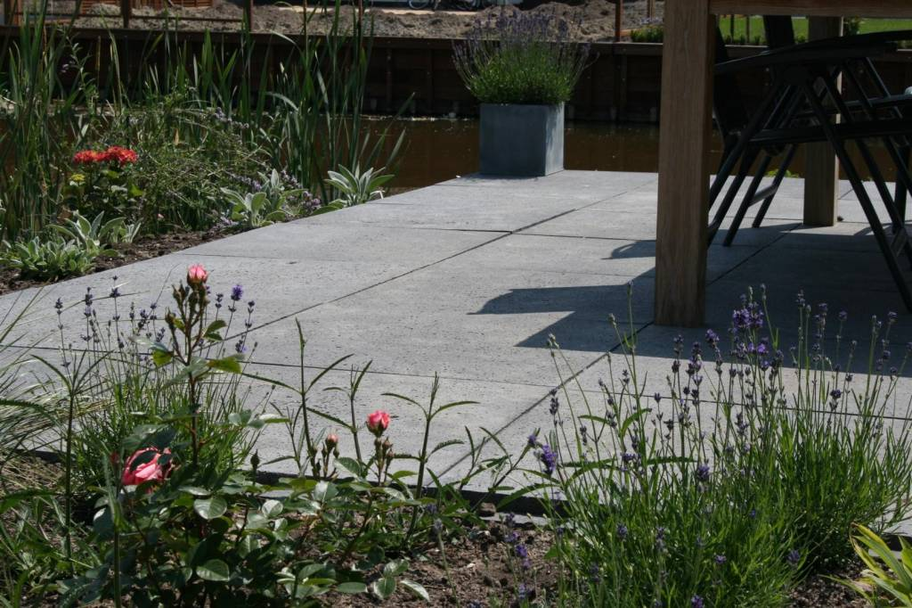 Grijze Tegels Tuin : Oud hollandse tegel grijs 100x100x8 cm top tuinmaterialen
