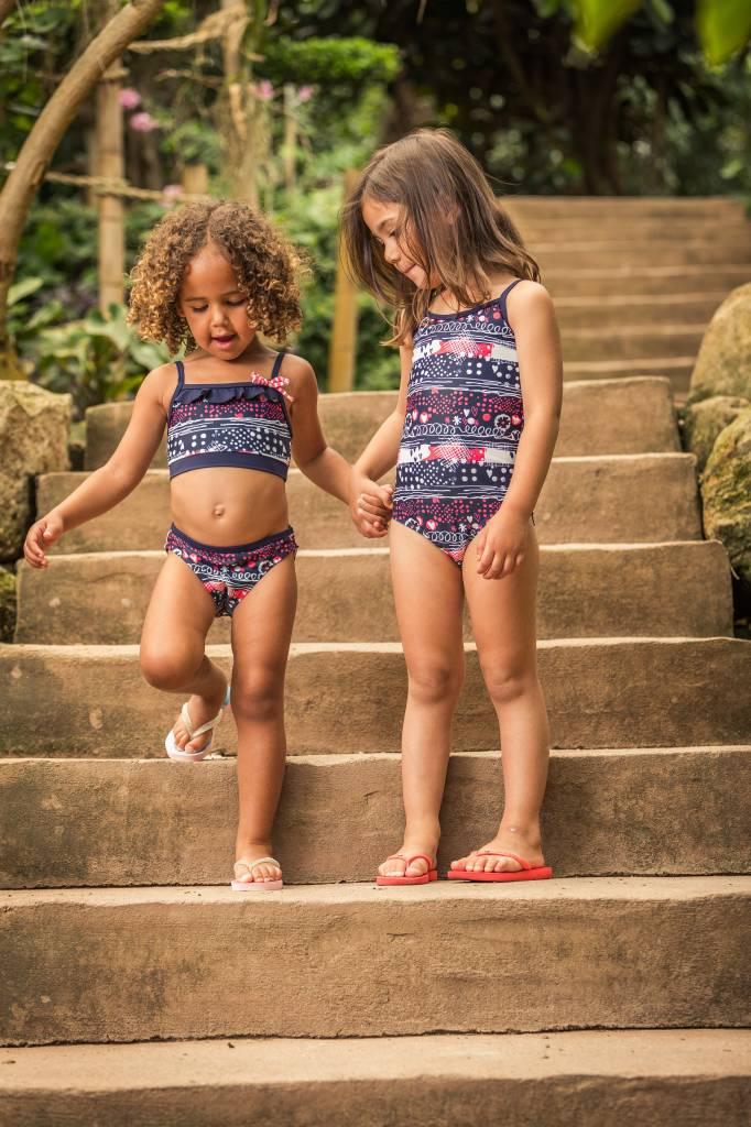 Topless bikini in meisjes