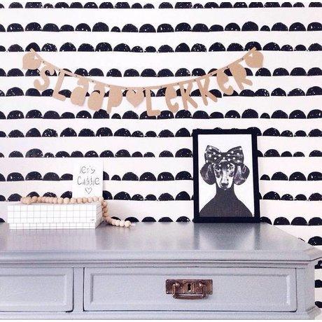 Ferm Living Behang zwart/wit papier 10.05mtrx53cm, Wallpaper Half Moon