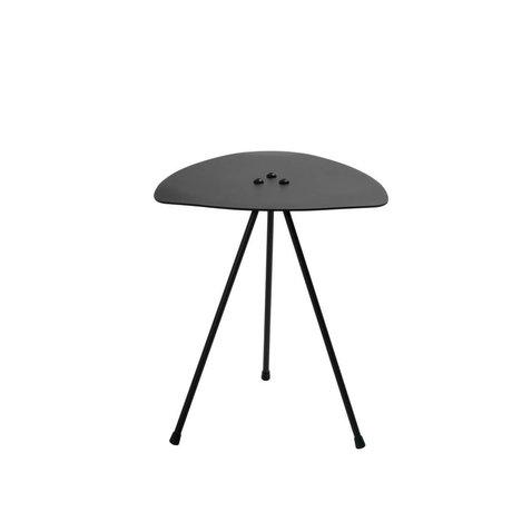 Tristan Frencken Bijzettafel Bent Table Coal zwart aluminium 45x38x38cm