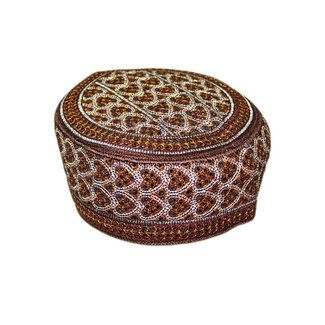 Balouchi cap with embroidery