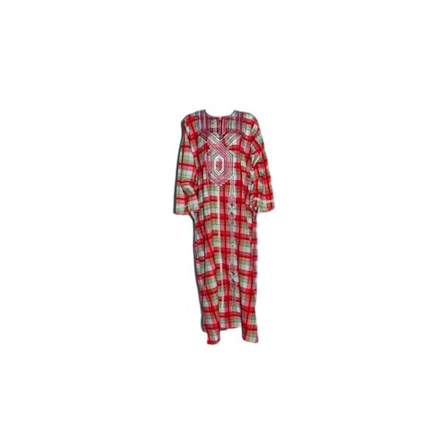 Arab caftan with checked pattern