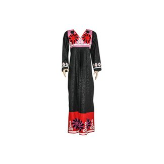 Embroidered Arab Dress in Black