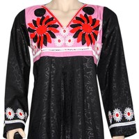 Arabischer Jilbab-Kaftan in Schwarz mit bunter Stickerei