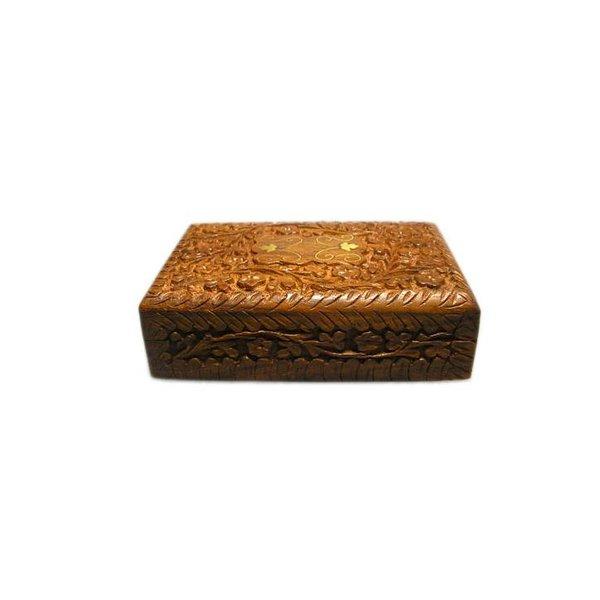 Grosse Schatulle mit Schnitzereien aus Holz