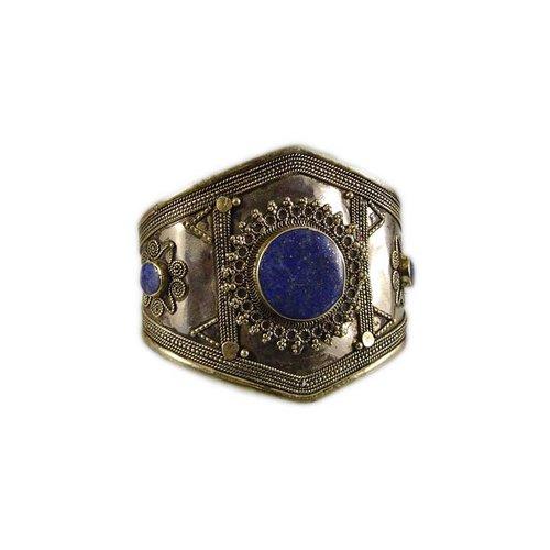 Bracelet with lapis lazuli