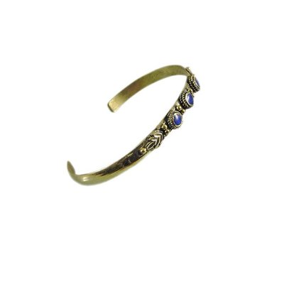 Delicate Tribal bracelet with lapis lazuli from alpaca