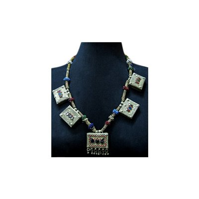 Tribal necklace with five pendants