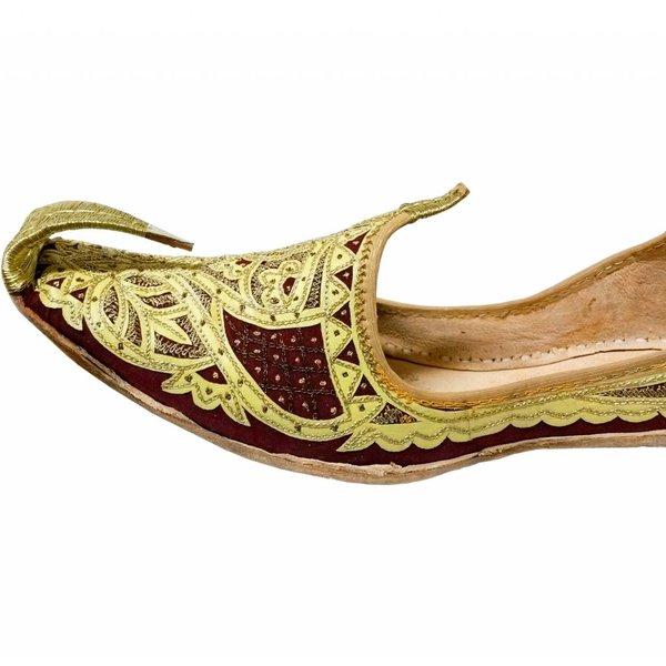 Indian beak shoes - Men Khussa in Gold Red