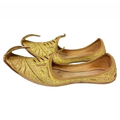 Indische Schnabelschuhe - Khussa Schuhe in Gold