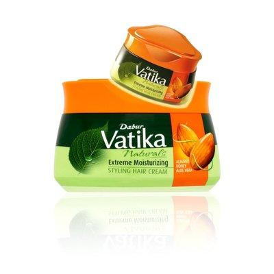 Vatika Dabur Vatika Naturals Extreme Moisturizing Styling Haar Creme für mehr Feuchtigkeit (140ml)