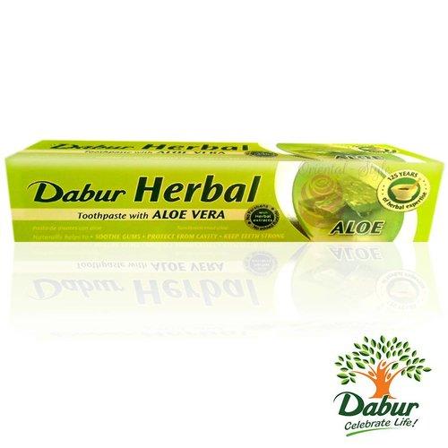 Dabur Ayurvedic Toothpaste with Aloe Vera (100ml)