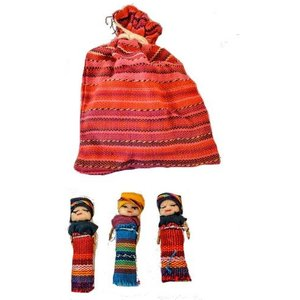 Zakje worry dolls met 3 grote worry dolls