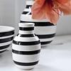 """Vase """"Omaggio"""" Schwarz von Kähler Design"""