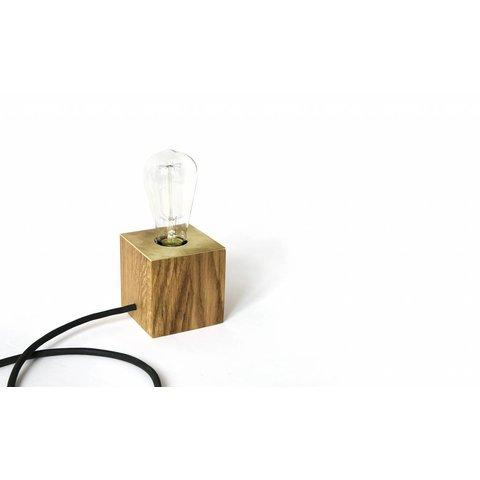 """Design-Leuchte """"Oak Brass"""" von NUTSANDWOODS"""