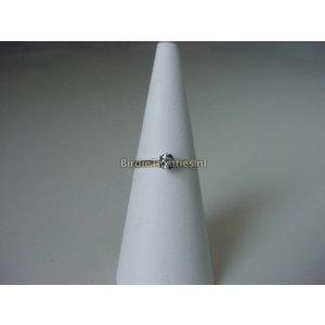 Gouden solitairring met facet geslepen diamant
